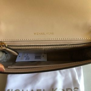MICHAEL Michael Kors Bags - Michael Kors Mott Soft Pink Clutch Large Leather